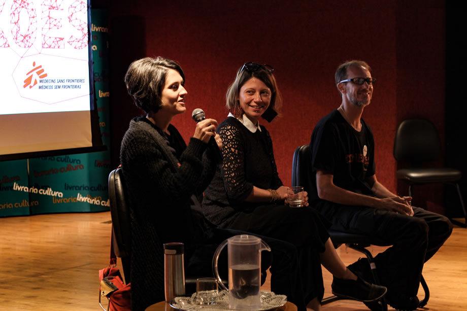 O evento com doadores de MSF também contou com a participação da psicóloga Débora Noal, da diretora de MSF Ana de Lemos e do médico generalista Paulo Reis. Após o filme, eles debateram os riscos da atuação humanitária em meio a contextos de extrema insegurança.